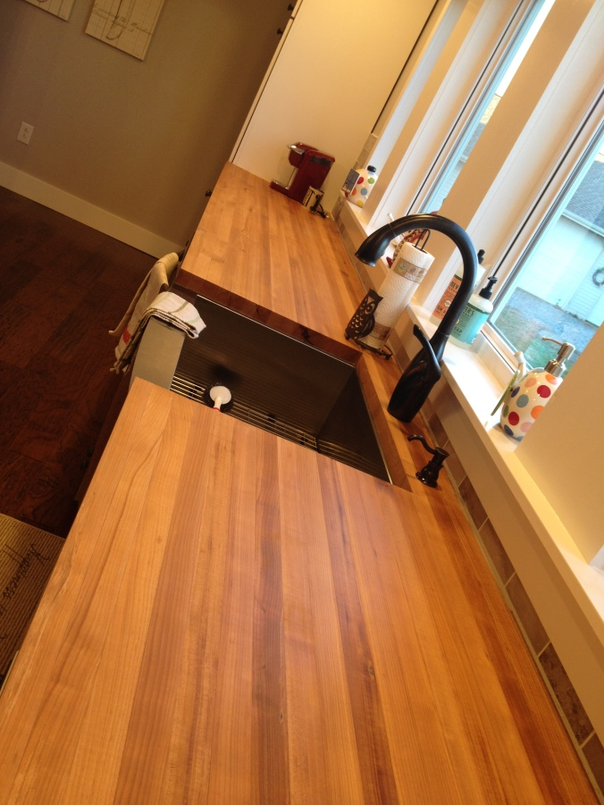 Pros and Cons of Butcher block Countertops in the Kitchen